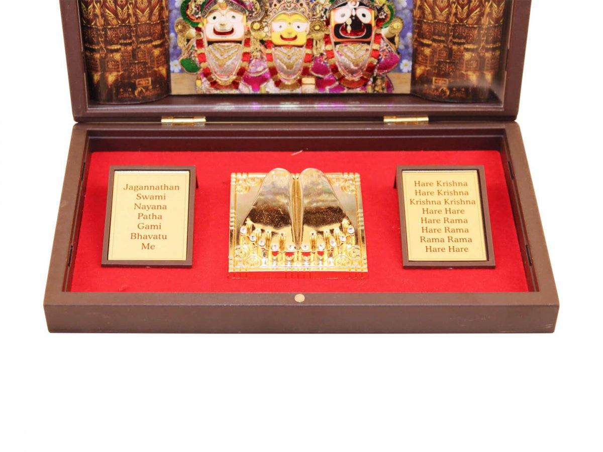 Jagannath photo frame, lord jagannath photo frame, jagannath puri photo, jagannath wooden photo frame, jagannath frame with charan paduka, jagannath wooden idol, return gifts for housewarming, Wooden Momento Gift